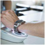自分のお気に入りの腕時計が「wena wrist」を着ければスマートウォッチに早変わり。しかもおサイフケータイ機能まで搭載しているので腕時計で電子決済までできてしまう最強のウェアラブルデバイスの登場です。